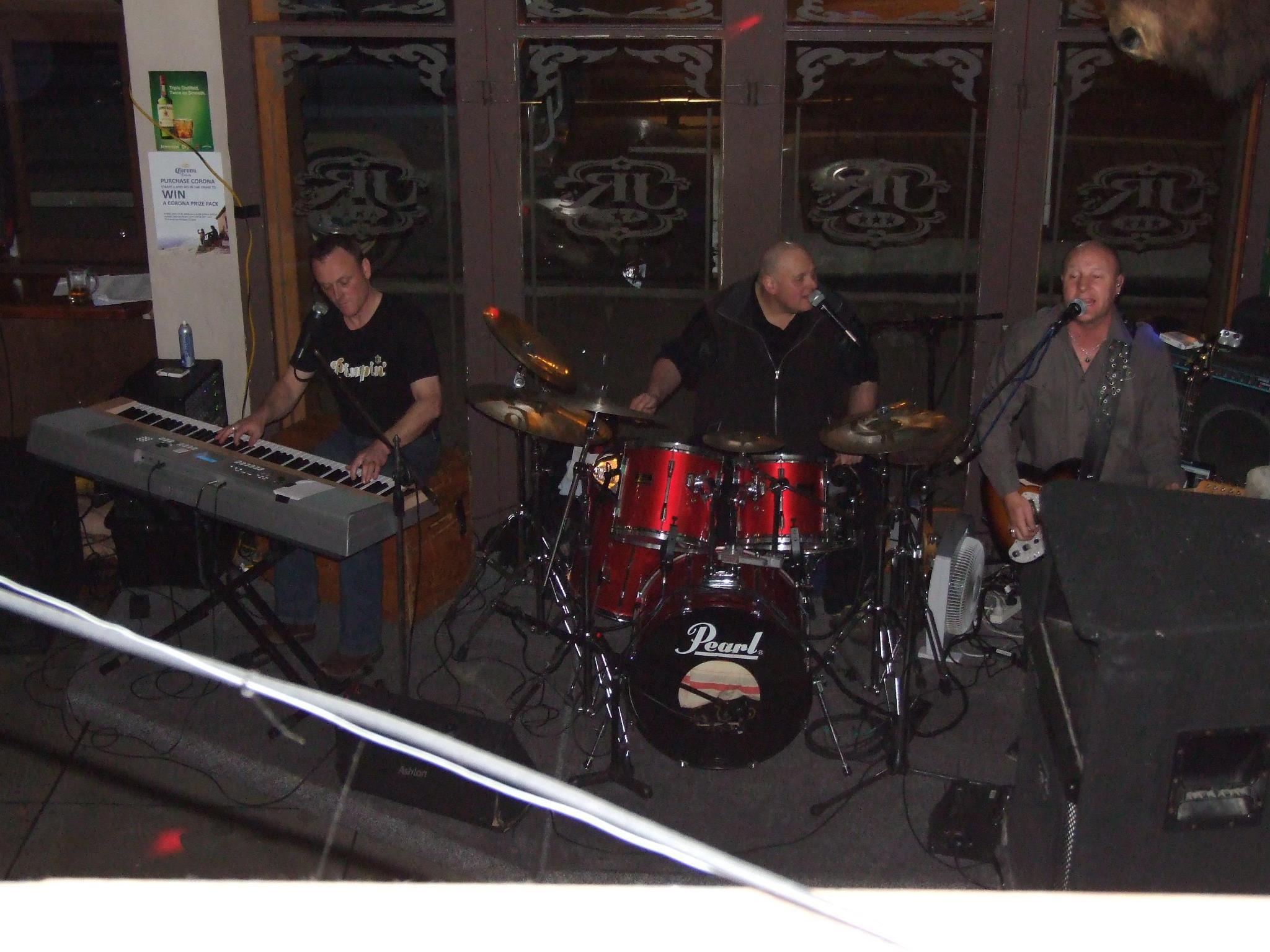 Mike and Band at JR's Rangiora 2013